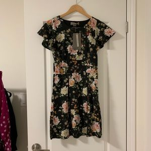 Vero Moda fitted floral dress